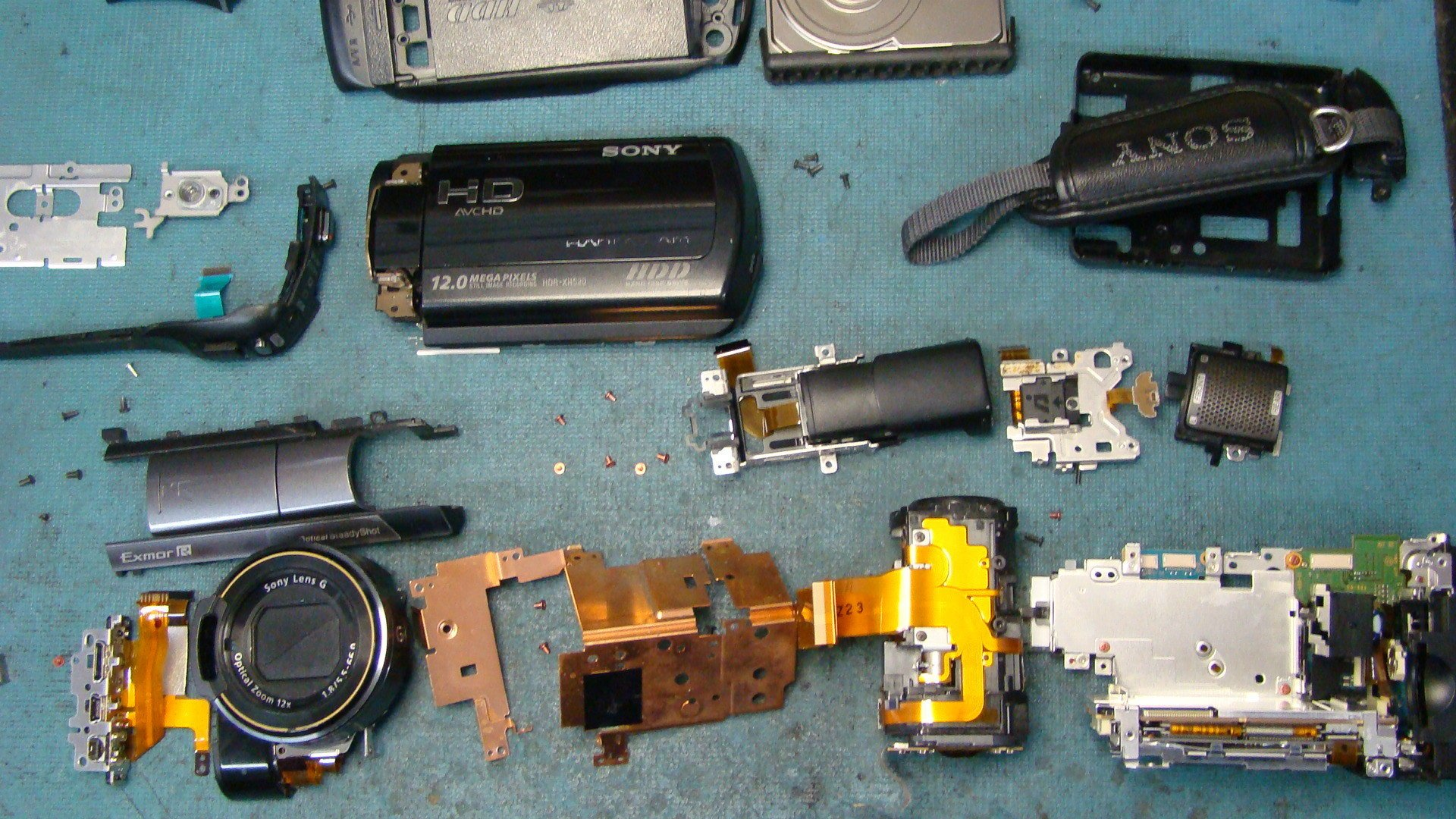 Sony HDR-XR520 Repair